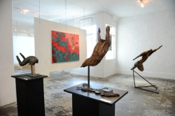 Further - exhibition of bronze sculptures and paintings